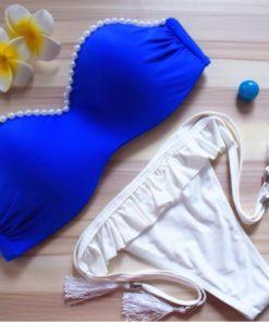 Costum de baie albastru cu perle la sutien