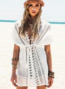 rochita de plaja cu dantela