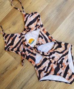 Costum de baie cu imprimeu animal print Tigru